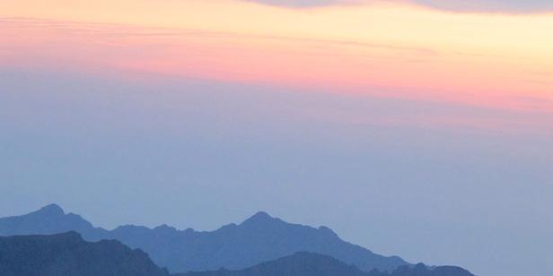 montagne terrasse soleil